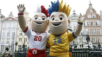 Slavek-and-slavko-3-gdansk-uefa-euro-2012-mascots_display_image