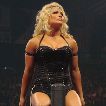 Beth_phoenix_turnbuckle_entrance_no_mercy_display_image