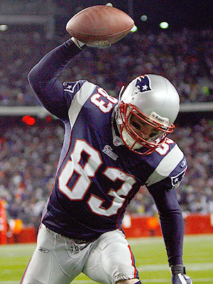 Wes_welker-692_display_image