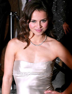 Sasha-cohen-picture-1_display_image
