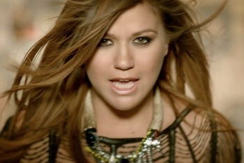 Kelly-clarkson-mr_-know-it-all-the-voice1_display_image
