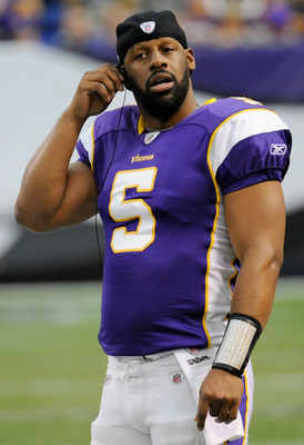 MINNEAPOLIS, MN - NOVEMBER 20: Donovan McNabb #5 of the Minnesota Vikings looks on from the sidelines during the game against the Oakland Raiders on November 20, 2011 at Hubert H. Humphrey Metrodome in Minneapolis, Minnesota. (Photo by Hannah Foslien/Gett