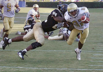 Photo Source: http://media.scout.com/Media/College_Football/104_512X339SMITHWFPG.JPG
