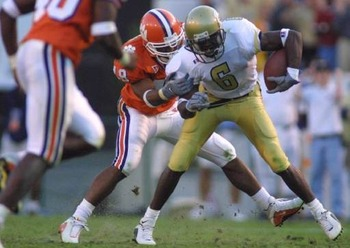 Photo Source: http://media.scout.com/Media/College_Football/104_GT512X363CUSTOM.JPG