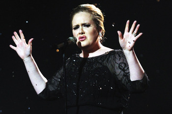 Adele-performing_display_image