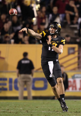 TEMPE, AZ - NOVEMBER 19:  Quarterback Brock Osweiler #17 of the Arizona State Sun Devils throws a pass during the college football game against the Arizona Wildcats at Sun Devil Stadium on November 19, 2011 in Tempe, Arizona. The Wildcats defeated the Sun