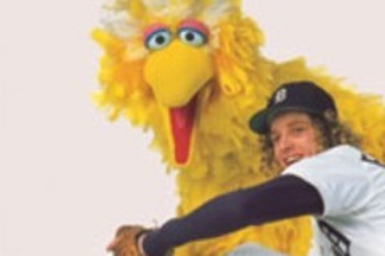 "Mark ""The Bird"" Fidrych and Sesame Street's Big Bird. SI Photo"