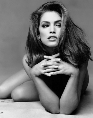 10cindycrawford_display_image