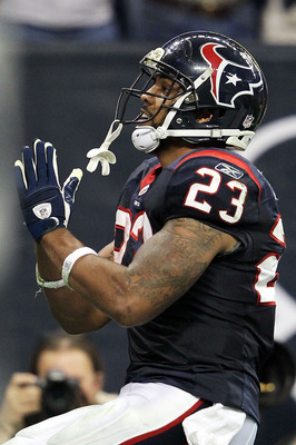 HOUSTON, TX - JANUARY 07:  Arian Foster #23 of the Houston Texans celebrates after scoring a touchdown during the AFC Wildcard Playoff game against the Cincinnati Bengals on January 7, 2012 at Reliant Stadium in Houston, Texas.  (Photo by Jamie Squire/Get