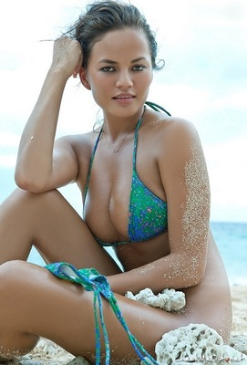 2011_10_chrissy-teigen-sports-illustrated_display_image