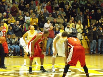 Tip-off at the ARC in Valparaiso from January.
