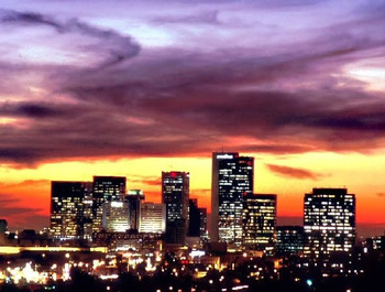 Phoenixskylineatsunset_display_image