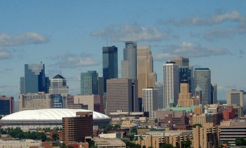 Minneapolis_skyline_display_image