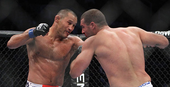 Dan Henderson (left) with Mauricio Rua/ photo cred: Laron Zaugg for MMAWeekly.com