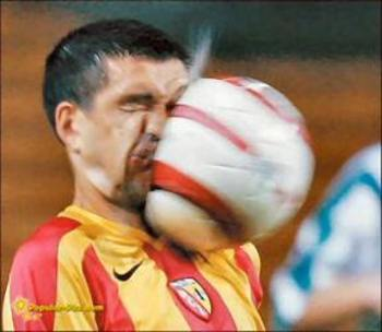 Ouch-that-had-to-hurt-full-contact-football-oh-sorry-soccer_display_image