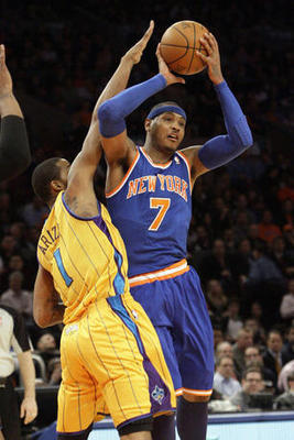 New-york-knicks-carmelo-anthony-7-goes-to-the_display_image