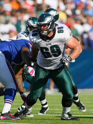 ORCHARD PARK, NY - OCTOBER 09: Evan Mathis #69 of the Philadelphia Eagles plays against the Buffalo Bills  at Ralph Wilson Stadium on October 9, 2011 in Orchard Park, New York. Buffalo woin 31-24.  (Photo by Rick Stewart/Getty Images)
