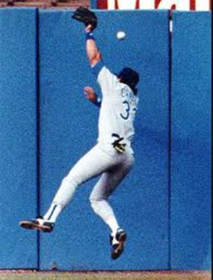 Josecanseco_display_image