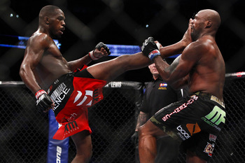 Jones picked Quinton Jackson apart before submitting him at UFC 135-Photo By Esther Lin/MMAFighting