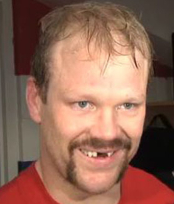 Image Source: http://hockey-fan.net/wp-content/uploads/2010/11/john-erskine-movember-capitals.jpg
