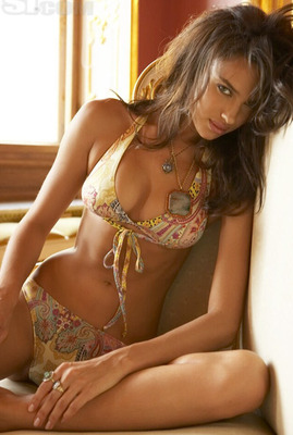 Sweet and sultry Irina Shayk (SI Photo)