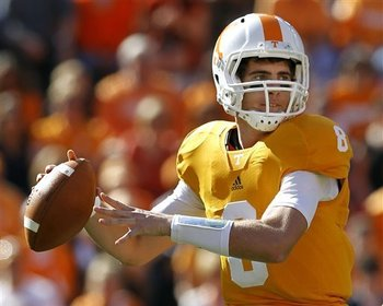 Tyler_bray_tennessee_qb_display_image