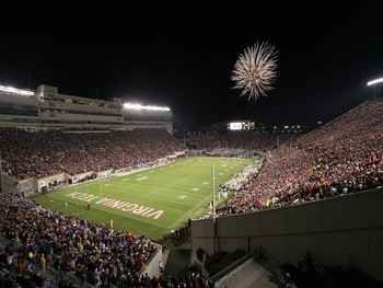 Virginia-tech-campus-stadiums-virginia-tech-football-in-lane-stadium-vt-cp-sta-00012lg_display_image