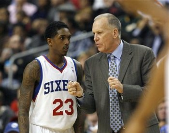 118759_lakers_76ers_basketball_display_image