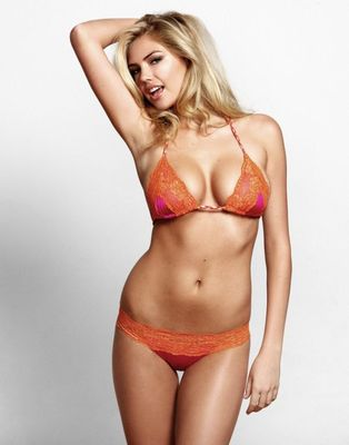 Kate-upton-bunny-mar-01_gwbvg_37750_display_image