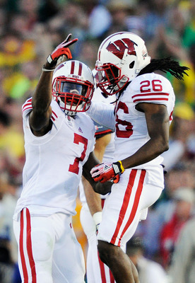 Could former-Badger, Antonio Fenelus, stay in the badger state as a Packer?