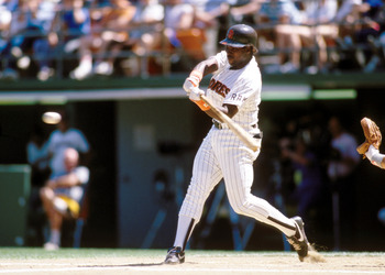Tony_gwynn_display_image