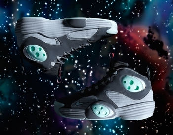 Nike-air-flight-one-2012-all-star-game-space-exploration-01_display_image