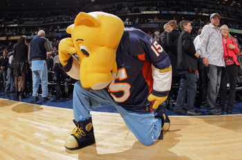 Tebowing is a craze that has swept the sports world as of late