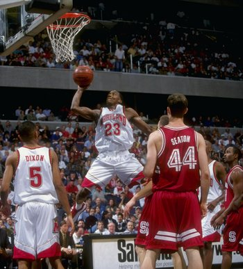 Steve Francis in action