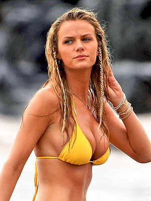 Brooklyn-decker-1-300x400_display_image