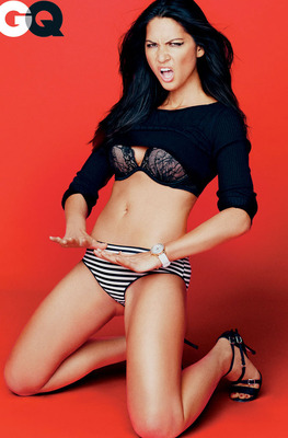 Olivia Munn is bustin' a move