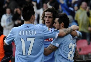 Edinson-cavani-marek-hamsik-and-ezequiel-lavezzi_display_image
