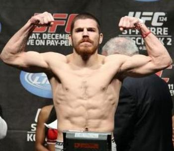 Jim-miller-ufc-124-weigh-in_display_image_display_image