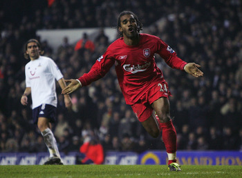 Florent Sinama-Pongolle celebrates his goal