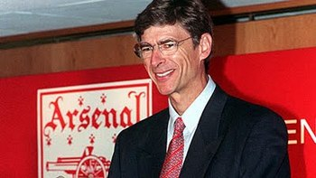 Wenger arrives at Arsenal.