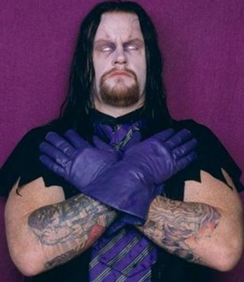 Wwe_superstar_raw_undertaker_the_dead_man_21_display_image