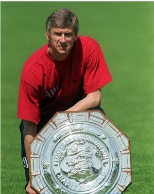Wengerandthecommunityshield_display_image