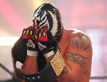 25_rey_mysterio_040709_1239163872_display_image