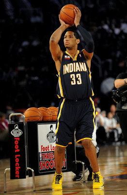 Danny Granger in the 2009 NBA 3-point shootout.