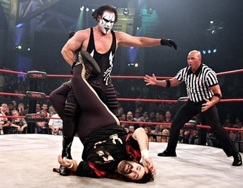 Sting-tna-superstar-17_display_image