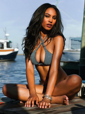 9arielmeredith_display_image