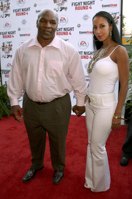 Mike-tyson-new-wife-lakiha-spencer_display_image