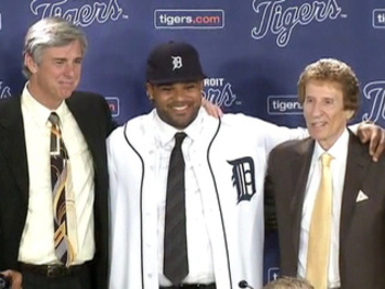 Prince-fielder-tigers-jersey_20120126152128_320_240_display_image