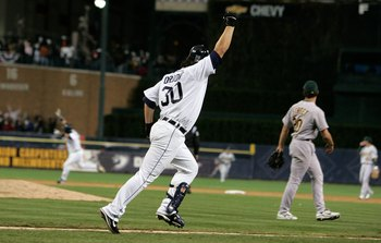 Magglio Ordonez hits the game-winning home run off Huston Street to advance the Tigers to the World Series.