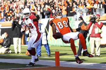 With Jerome Simpson likely flipping out of town, the Bengals would love to replace him with Mike Wallace.